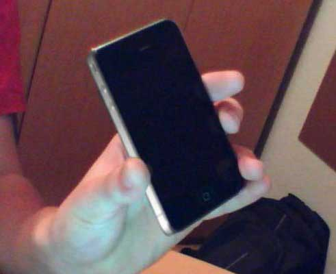 Pervye snimki iPhone 4